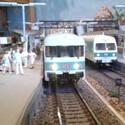 Triebwagen im Bahnhof Bettbergen